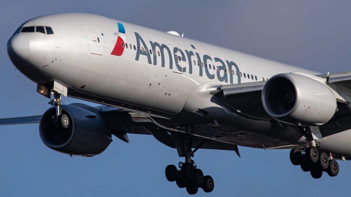 American Airlines sospende i voli con l'Italia