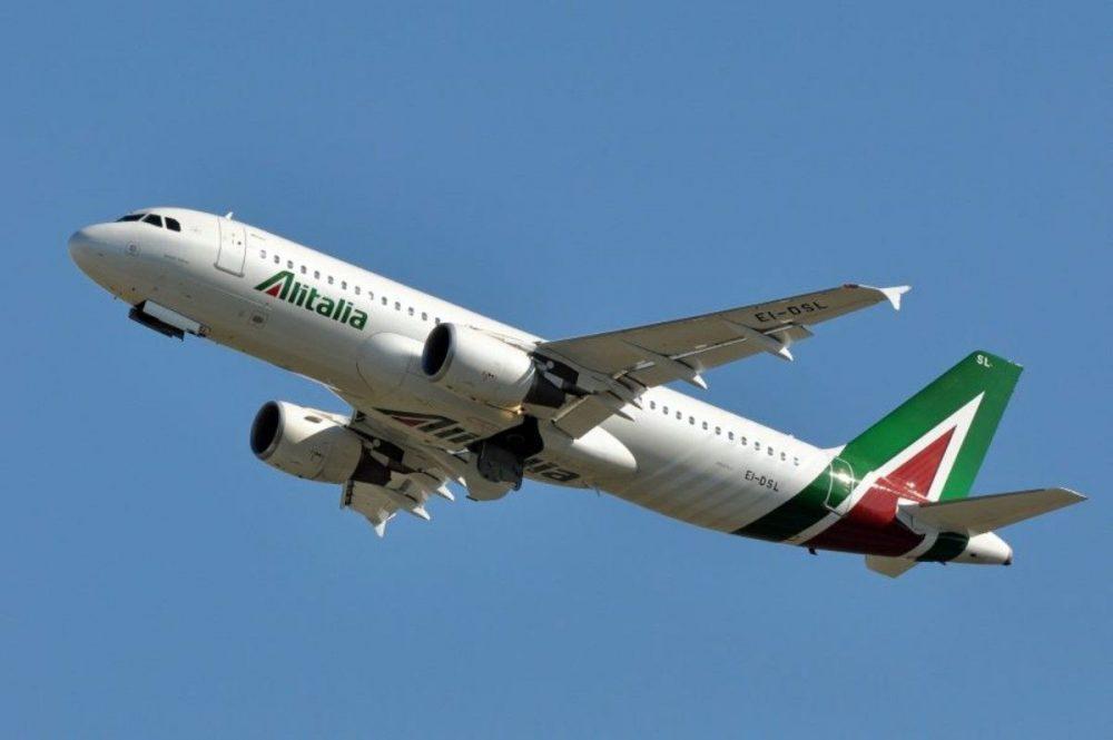 """Alitalia: continua la ridicola saga della """"compagnia di bandiera"""""""