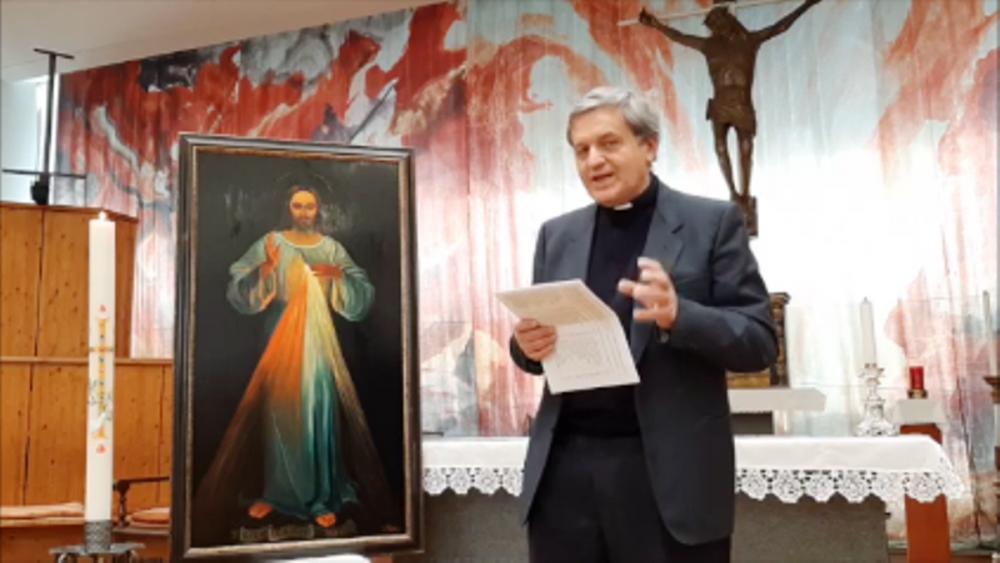 """Gallarate, Monsignor Festa: """"condividere, intercedere e riaccogliere"""""""