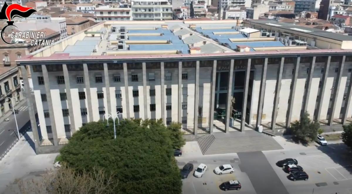 Catania, misura cautelare, medici generici e specialisti
